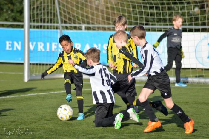 Foto's jeugdvoetbal zaterdagochtend 7 maart