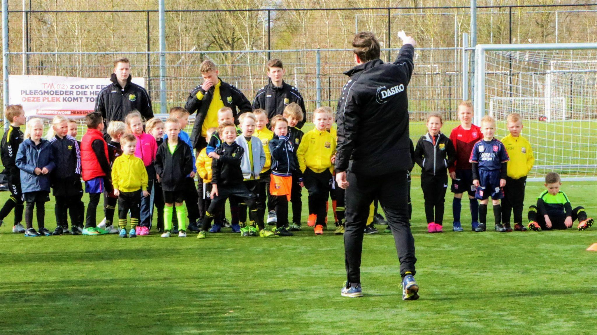 Foto's van de voetbalschool