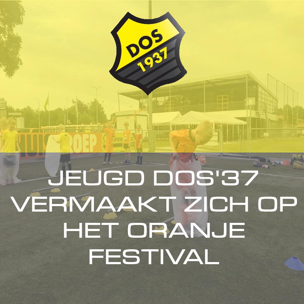 JEUGD DOS'37 VERMAAKT ZICH OP HET ORANJE FESTIVAL